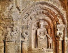 Escultura románica, Cristo tentado por el demonio - Interior de la iglesia de Santa María de Siones, Valle de Mena, Burgos