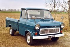 Old trucks around the world | Rare Ford Transit pickup makes a bow on Biglorryblog...and Wim ...