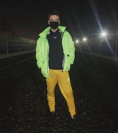 Rain Jacket, Windbreaker, Raincoat, Jackets, Instagram, Squad, Photos, Fashion, Down Jackets