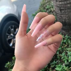 In search for some nail styles and ideas for your nails? Here is our list of must-try coffin acrylic nails for cool women. Bling Acrylic Nails, Aycrlic Nails, Summer Acrylic Nails, Best Acrylic Nails, Spring Nails, Glitter Nails, Summer Nails, Soft Gel Nails, Soft Pink Nails