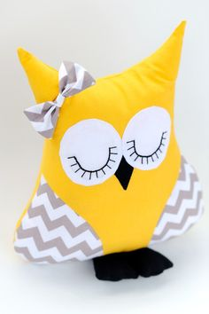 Handmade 'I'll Owl-Ways Be Your Friend' Owl Pillow in Sunny Yellow and White/Grey Chevron