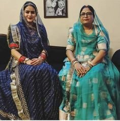 Rajasthani Bride, Rajasthani Dress, Indian Bridal Outfits, Indian Dresses, Rajput Jewellery, Rajputi Dress, Saree Blouse Neck Designs, Royal Dresses, Indian Designer Wear