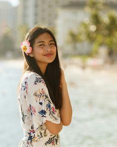 Image may contain: 1 person Gabbi Garcia Instagram, Instagram Pose, Tumblr Photography, Girl Photography Poses, Gabi Garcia, Filipina Girls, Filipina Beauty, Uzzlang Girl, Asian Beauty