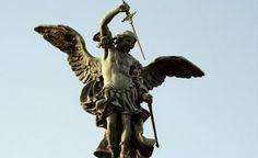 El infierno es real y dura para siempre: Cómo son y qué funciones tienen los ángeles para l...