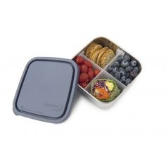 Leak-proof stainless steel container with a divider as a non-toxic alternative to plastic containers. This reusable bento-box-style lunchbox favorite is the perfect on-the-go solution for entrees like sandwiches, salads and cut fruit. Also use for takeout, salad bars, and to store your leftovers in the refrigerator or to bring them to the office the next day.