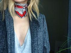 Lenço no pescoço Pinterest: KarinaCamerino