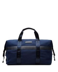 Choose from our range of stylish, contemporary or traditional designer bags.  From holdalls, to messenger bags, to classic briefcases, with free UK  delivery.