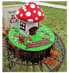 Ac Cake Decorating Hornsby Nsw : Mushroom birthday cake on Pinterest Woodland Party ...