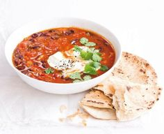 Ostrá indická polévka (www.albert.cz/recepty) Indian Diet Recipes, Vegetarian Recipes, Ethnic Recipes, Diet Food List, Food Lists, Indian Soup, Food Hacks, Hummus, Spicy
