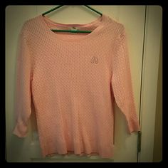 Cute sweater with flip flop logo Very cute light pink sweater with flip flop logo. Three quarter length sleeves, lightweight, cable knit pattern. Purchased on cruise, worn one time Sweaters Crew & Scoop Necks