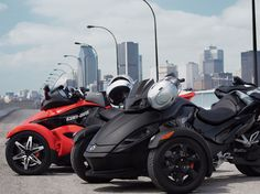 Can-Am Spyder - Saw these driving down B'way one day, had no idea what they were, but wow are they cool