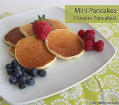 Mini Pancakes (Toaster Pancakes) - TheDIYDreamer.com #pancake #pancakes #pancakerecipe *** I think I'll do this gluten free style. Good idea to pop in toaster n done ;) -lv