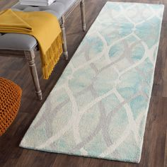 Dip Dye Collection DDY534Q Color: Ivory / Green - #safavieh #safaviehrugs #safaviehrunners #rugrunners #rugs #hallwayrugs #entrywayrugs #staircaserugs #staircasecarpets #entrywaycarpts #bedroomrugs #livingroomrugs #diningroomrugs #kitchenrugs #hallwaydecor #entrywaydecor #shoprugs #runnercarpets #bluerunnerrug #tauperunnerrug