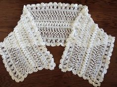 Chal en Horquilla (Parte 1) - YouTube Hairpin Lace Crochet, Hairpin Lace Patterns, Freeform Crochet, Irish Crochet, Crochet Shawl, Crochet Stitches, Crochet Blouse, Knit Crochet, Crochet Designs