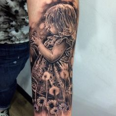 REALISM TATTOO... BLACK AND GREY TATTOO