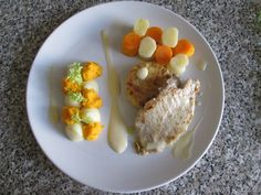 Echinè  de porc  pommes  de terre   carottes     sauce  maltaise  Gino D'Aquino.