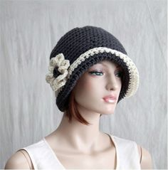 Crochet Flapper Hat Womens Cloche 1920s style by endlesscreation