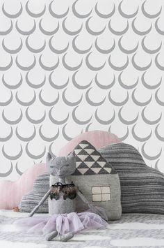 Sissy & Marley Wallpaper   Dreams in Silver
