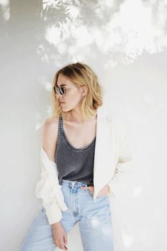 In love with this look. Casual, chic and minimal. This is for the the perfect Sunday outfit. Find some similar jeans here: asos.do/VqeaBf