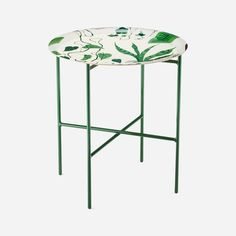 Svenskt Tenn's simple steel tray stand comes in four different colourways, suitable for Svenskt Tenn's trays which are 49 or 65 cm in diameter. - Tray Stand Steel, 49 cm, Green, Svenskt Tenn