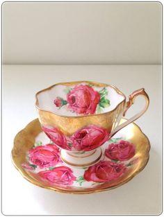 Porselen Fincan ve tabağı