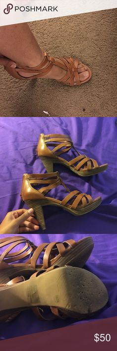 jessica simpson heels lightly worn still great quality Jessica Simpson Shoes Heels