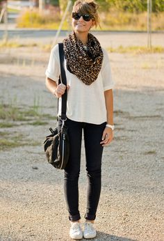 Fall outfit: loose scarf, big sweater, skinnies, and cute sneakers