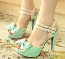 Dulce plataforma bowtie sandalias citas hebilla de patente de cuero de la pu, azul, rojo y rosa tacones finos zapatos para mujeres, de tacón alto(China (Mainland))
