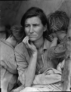 Dorothea Lange, This photograph of Florence Owens Thompson year old mother of is one of the great representations of the Great Depression. The photograph was taken by Dorothea Lange after Florence had sold her tent to provide food for her children. John Malkovich, Walker Evans, Annie Leibovitz, Library Of Congress, Library Card, Photo Library, Iconic Photos, Old Photos, Famous Photos