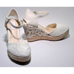 Espardeñas de cuña para novia :: Virtual Novia Book Bridal Shoes, Wedding Shoes, Sock Shoes, Shoe Boots, Decorated Shoes, Kinds Of Shoes, Prom Shoes, Wedge Heels, Me Too Shoes