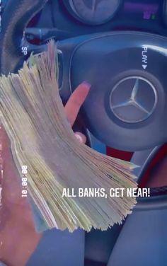 Money Girl, Mo Money, How To Get Money, Money On My Mind, Money Stacks, Baddie Tips, Billionaire Lifestyle, Bago, Life Goals