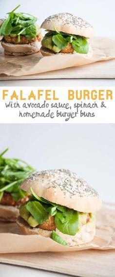 Recipe for a vegan Falafel Burger with avocado sauce, spinach & homemade burger buns. Flavor explosion for the falafel-lover. Vegan Dinner Recipes, Delicious Vegan Recipes, Whole Food Recipes, Cooking Recipes, Healthy Recipes, Tasty, Vegan Foods, Vegan Dishes, Vegan Vegetarian