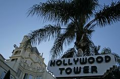 Franklin Avenue - Hollywood (California USA) by Meteorry, via Flickr