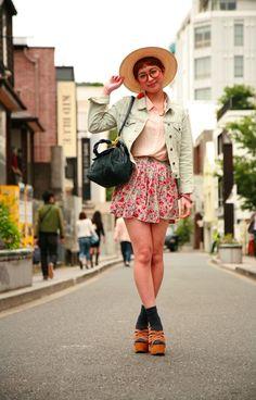 Billedresultat for japanese street fashion women Street Style 2014, Tokyo Street Style, Street Style Women, Japan Street, Japanese Street Fashion, Asian Fashion, Girl Fashion, Female Fashion, Fashion Women