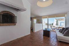 Bekijk deze fantastische advertentie op Airbnb: Casa da Aldeia Vila Verão in Santa Bárbara de Nexe