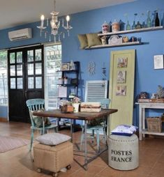 50 Examples of Interior Designs for a Nuanced Blue House for Your Minimalist Home Interior Design Examples, Home Interior Design, Colorful Furniture, Model Homes, Minimalist Home, Dining Table, House Design, Hotels, Blue