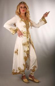 Bindallı & Kına İçin Elbise Kıyafet Kaftan Şehzadem 3 Parça Kaftan ve Büstier, Şalvar Şeklindedir Saten üzerine yaldızlı nakış işlenmiştir.