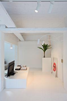 WALLSTER | DARK® #lighting #wallster #wallstertwo #wall #white #znow #tuki #led…