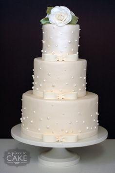 Maki and Dieters Wedding Cake