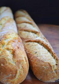 Trochę mąki. Woda. Sól i drożdże. Białe ciasto. Ciepłe dłonie. Spokojne i zdecydowane ruchy. Kula w misce. Zamknięta w lodówc... Bread Bun, Pan Bread, Bread Cake, Bread Rolls, Muffin Recipes, Bread Recipes, Breakfast Recipes, Cooking Recipes, Orange Zest Cake