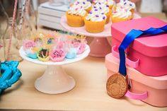 Festa Ginastas | Macetes de Mãe Cake, Desserts, Gymnastics Party, Candy Table, Kids Part, Ideas, Fiestas, 9 Year Olds, Marathon
