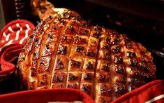 Μενού Χριστουγέννων 2020: Δείτε συνταγές ,ιδέες και προτάσεις Coke Ham Glaze Recipe, Boars Head Ham Glaze Recipe, Ham Glaze Recipe Brown Sugar Mustard, Dr Pepper Ham Glaze Recipe, Smoked Ham Glaze, Honey Glazed Ham, Honey Ham, Homemade Ham Glaze, Easy Ham Glaze