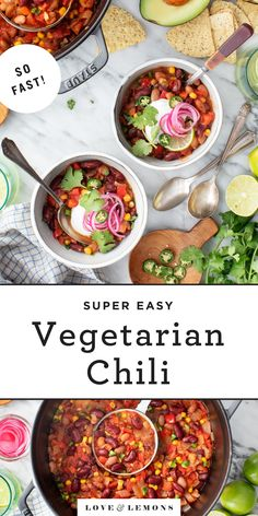 Easy Vegetarian Chili Recipe - Love and Lemons The BEST vegetarian chili recipe! Made with fire roasted tomatoes, chipotles in adobo sauce, and plenty of beans and veggies, this vegetarian chili recipe is delicious and easy to make. Vegetarian Chili Easy, Veggie Chili, Veggie Soup, Vegetarian Dinners, Vegetarian Recipes, Healthy Recipes, Quick Recipes, Canned Corn Recipes, Chili Recipes