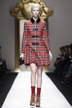 Moschino Fall Winter Ready To Wear 2013 Milan