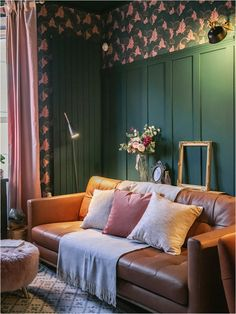 3-ways-to-add-texture-to-your-home-textured-lives-designs Home Interior Design, Interior Styling, Dark Green Living Room, Green Lounge, Cosy Lounge, Eclectic Living Room, Beige Walls, Design Projects, Design Ideas