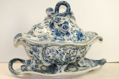 Pottery tureen, lid, and base, blue & white, English, Colebrook ?,early 19 cent