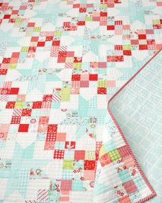 I am loving all of the Patchwork Sky quilts I�ve been seeing popping up lately! Here are just a few of them- I couldn�t even pick a�