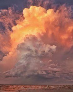 Philotheoristic: Photo Ipad Case, Ipad 4, Sky Art, Sunset Sky, Vibrant Colors, How To Memorize Things, Scene, Clouds, Queensland Australia