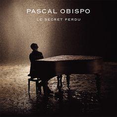 Récemment marié, Pascal Obispo est un homme heureux. Le voici de retour sur le devant de la scène avec un nouveau single, Le Secret perdu. Un titre d'une grande élégance qui devrait plaire à ses nombreux fans. Le single annonce un nouvel album, attendu...