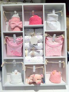 Letterbak gevuld met babyartikelen, Kraamcadeau meisje. Info: http://joleenskraamcadeaus.wix.com/kraamcadeau#!product/prd1/1651145685/gevulde-letterbak